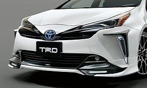 2019 Toyota Prius Gets Crazy Trd And Modellista Body Kits In Japan