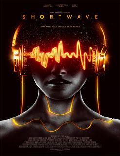 Shortwave 2016 Subtitulado Pelicula Completa Ciencia Ficción Da De Su única Hija Retirándose A Una Event Poster Design Graphic Design Posters Short Waves