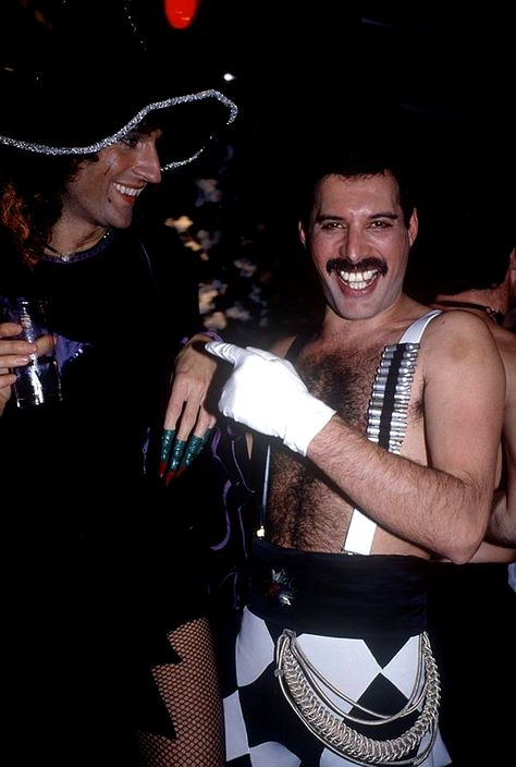 Freddie 1980-1985 | Queen Photos