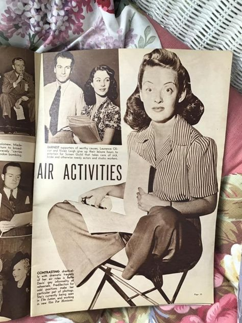 Vintage 1940's Magazine Dated January 1941 *Movie Life* Advertising/Articles/Great Photos/Gossip Has Condition Issues Sold As Is!