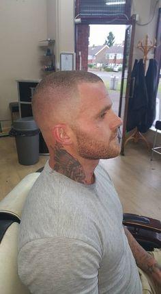 18 glatze mit Glatze mit