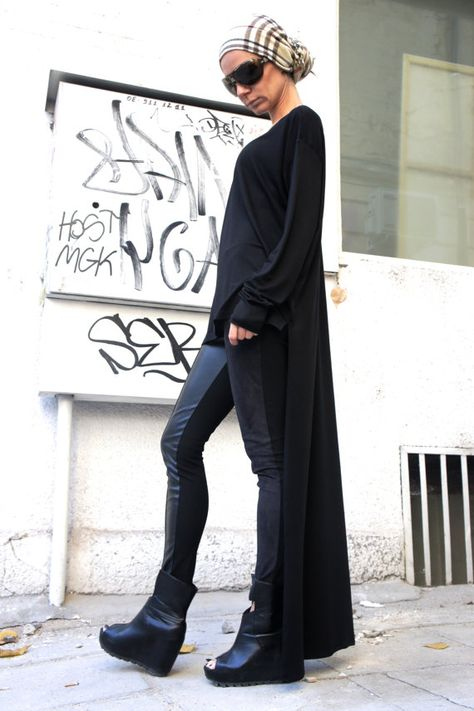 Hey, I found this really awesome Etsy listing at https://www.etsy.com/listing/170920302/black-asymmetrical-top-long-blouse-extra