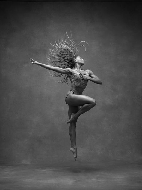 Samantha Figgins, Alvin Ailey American Dance Theater dancing New Photo Book Captures Dancers in Flight Dance Picture Poses, Dance Photo Shoot, Dance Pictures, Movement Pictures, Alvin Ailey, Black Dancers, Ballet Dancers, Dancers Pose, Jazz Dance Poses