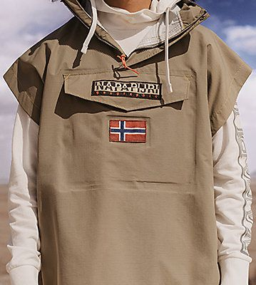 Offizieller Shop Napapijri: Kleidung, Jacken, Taschen