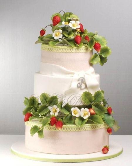 Fiori E Frutti Di Bosco Per La Wedding Cake Cakes And