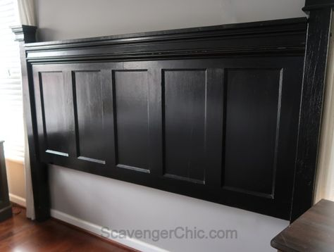 Everything you always wanted to know about converting an old vintage paneled door to a stylin' headboard. It's upcycling at its finest. King Size Headboard, Headboards For Beds, Diy Headboards, Upcycled Vintage, Headboard From Old Door, Black Headboard, Door Headboard, Upcycle Door, Vintage Door