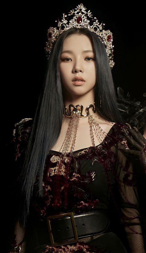 Kpop Girl Groups, Korean Girl Groups, Kpop Girls, Black Mamba, Kim Jennie, Kpop Outfits, Ulzzang Girl, K Pop, South Korean Girls