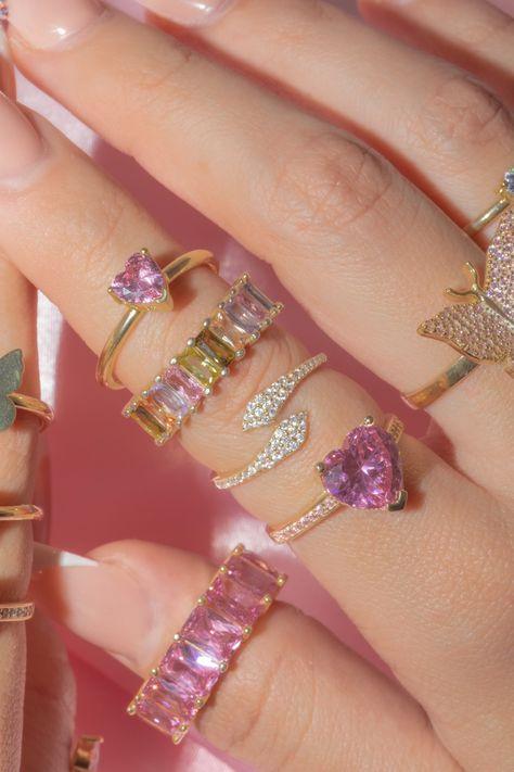 Hand Jewelry, Cute Jewelry, Jewelry Accessories, Jewlery, Funky Jewelry, Jewelry Trends, Cute Rings, Pretty Rings, Pink Paris