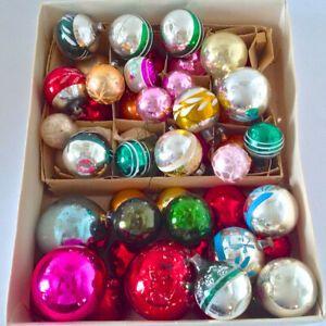 Boules De Noel Anciennes Antiquité. Collection. Lot de boules de Noël anciennes, en verre