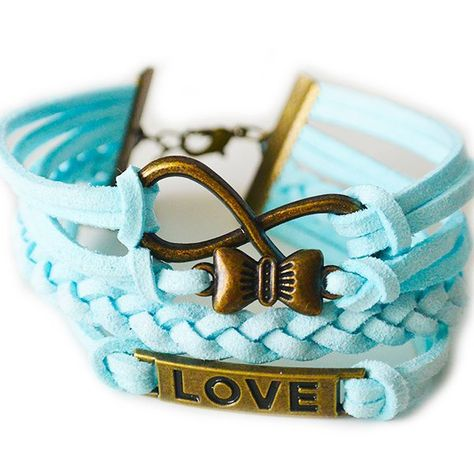 Baby blauw met koper; sweet love. Nu verkrijgbaar bij yourfrosting voor  4- #yourfrosting #sieraad #sieraden #armband #armbanden #jewelry #accessoires #accessories #fashionstyle #fashionmusthave #fashion #bloggers #blog #fashionblogger #fashionbloggers #musthaves #mode #modeaccessoires #modemusthaves #blauw #blue #creation #picoftheday #love #bow #strik #webshop #webwinkel #pictureoftheday by yourfrosting