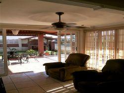 Casa En Venta En Brisas Del Golf Panamá Con Terraza Y
