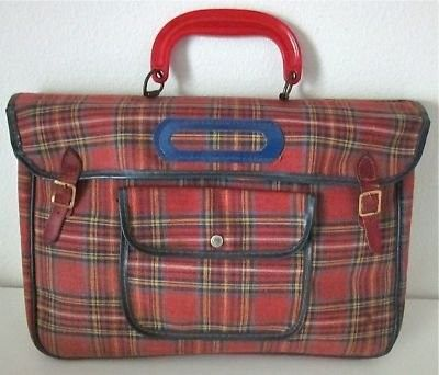 RED PLAID VINTAGE SCHOOL BOOK BAG This old book bag would be effective in a retro back to school display. School Items, School Bags, Back To School Displays, Number The Stars, Vintage School, Red Plaid, Tartan, Vintage Bags, Toys