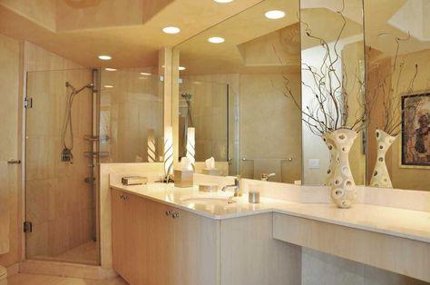 Modern Master Bathroom with frameless showerdoor, Undermount Sink, Handheld…