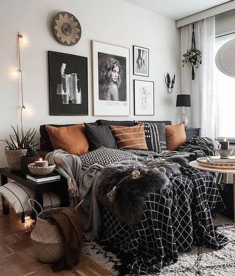 Beautiful Eclectic Bedroom Decor Ideas #bohemianbedroom