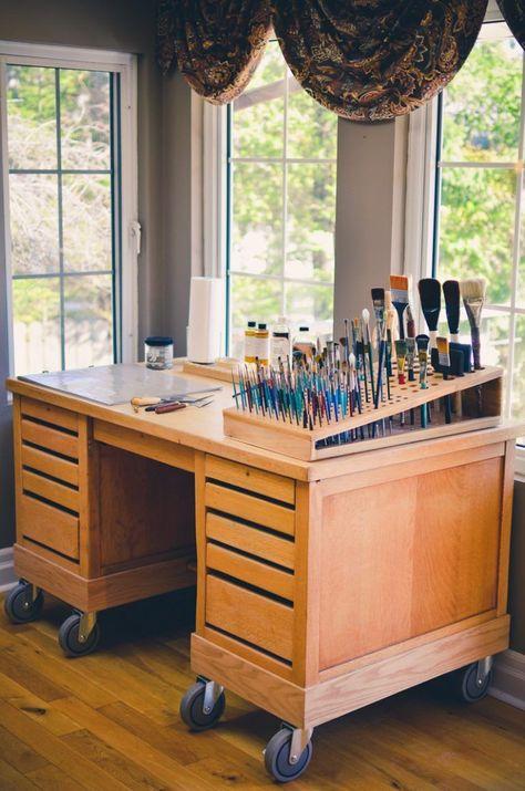 art studio New craft room diy organization art supplies Ideas Bureau D'art, Do It Yourself Decoration, Art Studio Organization, Organization Ideas, Art Studio Storage, Paint Organization, Art Studio Design, Paint Studio, Art Studio Room