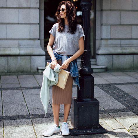 アラフォーが、「白スニーカー」を取入れるのなら、絶対にコレ! Marisol ONLINE 女っぷり上々!40代をもっとキレイに。