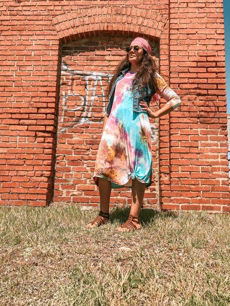 #modesthippie #modestfashion #funfashion #modamodesta #modacristiana #la_mama_modesta #apostolicinfluencer #springfashion #fashionover40 #stylishmama #modestblogger #hippiechic #hippiestyle #modestdress