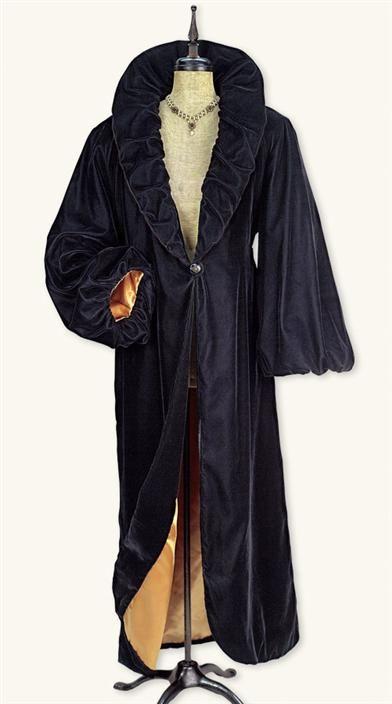 VELVET OPERA COAT. I have always wanted this coat:)