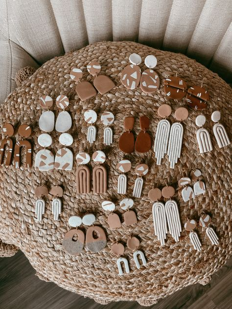 Polymer Clay Crafts, Handmade Polymer Clay, Polymer Clay Jewelry, Diy Clay Earrings, Clay Design, Homemade Jewelry, Bijoux Diy, Clay Tutorials, Clay Charms
