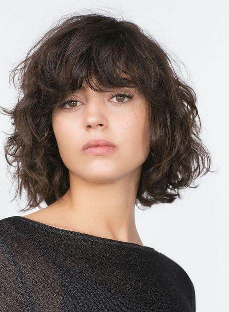 Pin On Frisuren Mittellanges Haar 2021