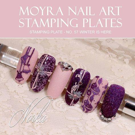 mani Nail art with Moyra stamping...
