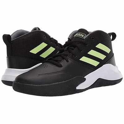 Top 10 Best Basketball Shoes For Kids In 2020 Reviews Best10selling In 2020 Best Basketball Shoes Kid Shoes Adidas Kids