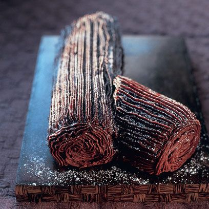 Mary Berry's Christmas chocolate log This is an easy Yule log with a delicious filling and icing, perfect for the festive season. The apricot jam helps the icing stick to the cake... Serves: 10–12... Preparation:  15 minutes... Cooking: 20 minutes...