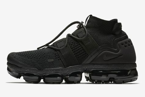 """9d2681ecf05a0 Here s How to Buy the Nike Air VaporMax Flyknit Utility """"Triple Black"""" on  January 4"""