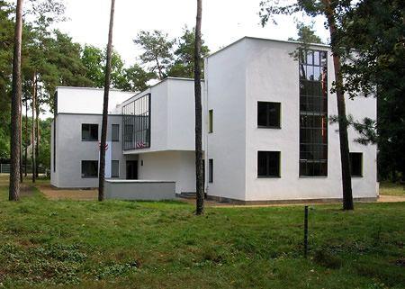 Meisterhauser Oskar Schlemmer I Architekt Walter Gropius