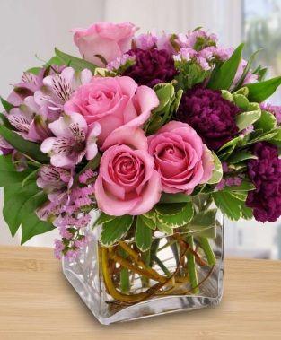 Mazzi Di Fiori Per Buon Compleanno Invitoelegante Com Composizioni Floreali Semplici Mazzo Di Fiori Fiori Di Compleanno