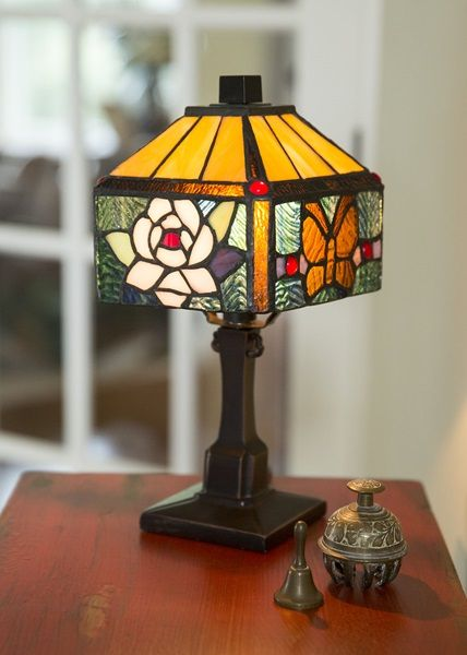 11 75 H Tiffany Style Rose Butterfly Table Lamp Stained Glass