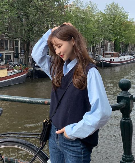 V-neck knitted vest all-match Korean style waistcoat YW68795