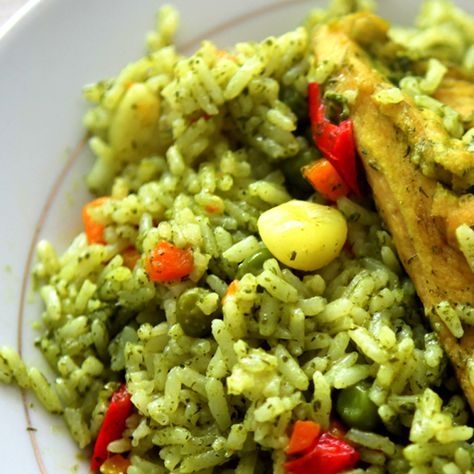 Peruvian Chicken with Rice Recipe. Find more Peruvian recipes at http://www.perualacarte.com