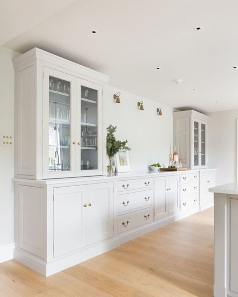 """Humphrey Munson on Instagram: """"Georgian Farmhouse, Hampshire  We love these glazed counter top cupboards in this Nickleby kitchen in a beautiful Georgian farmhouse in…"""""""