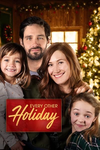 Get In The Holiday Spirit With One Of These Christmas Movies On Hulu Christmas Movies Holiday Movie Family Christmas Movies