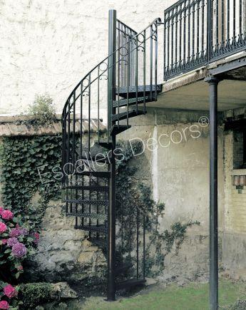 Photo Dh34 Spir Deco Larme Escalier Exterieur Metallique Helicoidal Avec Rampe A L Ancienne En Fer Forge St Escalier Exterieur Escalier Escalier Helicoidal