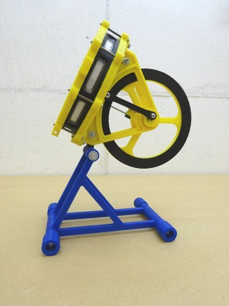 Stirling engine stand