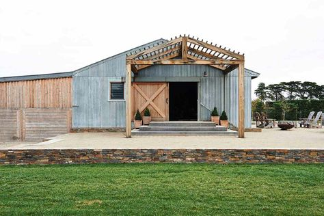 Thinking Outside The Box Modern Barn Conversion In