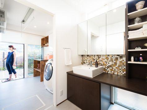 浴室から洗面 洗濯室 物干スペースが 一直線でつながっています