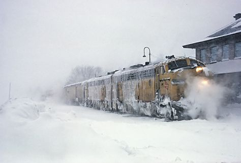 RAILROAD PLAINS SNOW-STORM METEOROLGY RAILWAY TRAIN IN A BLIZZARD LOCOMOTIVE