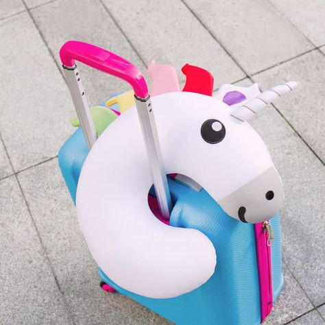 The soft and huggable Unicorn travel pillow is your kids perfect companion while travelling in cars, buses, trains or planes.