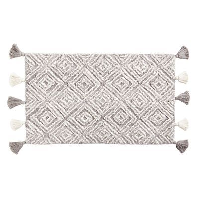 Diamond Gray Bath Rug With Tassels With Images Gray Bath Rug