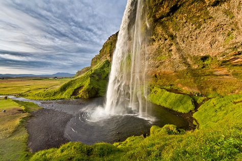 On this tour you will journey through south Iceland that features many of Iceland's most awe-inspiring destinations, including the iconic Seljalandsfoss and Skógafoss waterfalls, Dyrhólaey promontory and Reynisfjara volcanic beach to name but a few. Travelling across the lush farmlands that cut bet