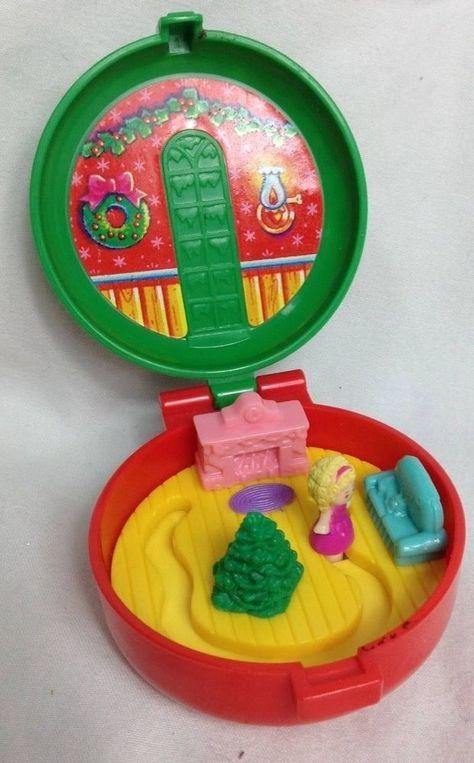 Vintage 1993 Polly Pocket Bluebird Christmas Wreath McDonald's Happy Meal Toy