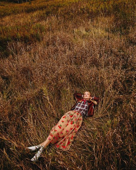 Elle Canada January 2018 'Field of Dreams' Photography | Norman Wong Model | Steph Smith Makeup & Hair | Susana Hong Stylist | Veronique Delisle Fashion Direction | Anthony Mitropoulo Art Direction | Jed Tallo via p1m