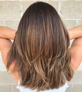 50 Best Gorgeous Lovely Layered Hairstyles Design For Medium Lenth Hair Women 2019 Pag Haircuts For Medium Hair Layered Haircuts For Medium Hair Hair Styles