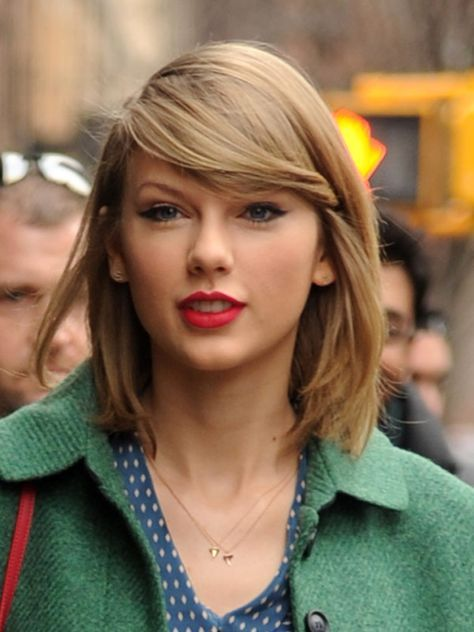 22 Ideas For Hairstyles Bob Bangs Taylor Swift In 2020 Taylor Swift Short Hair Taylor Swift Haircut Taylor Swift Hair