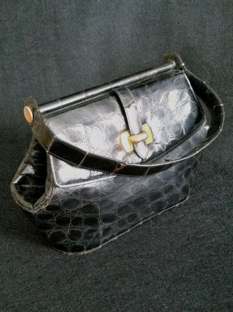 Vintage 1950s Genuine Cuban Alligator Handbag Small with Single Handle