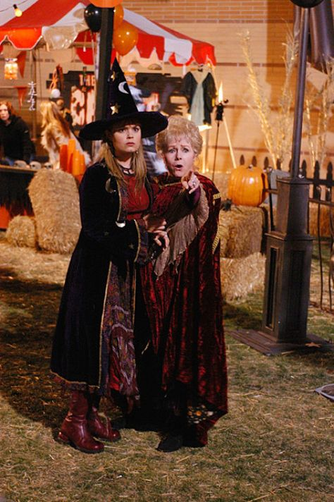 Outfit Inspiration From Halloweentown's Marnie Piper