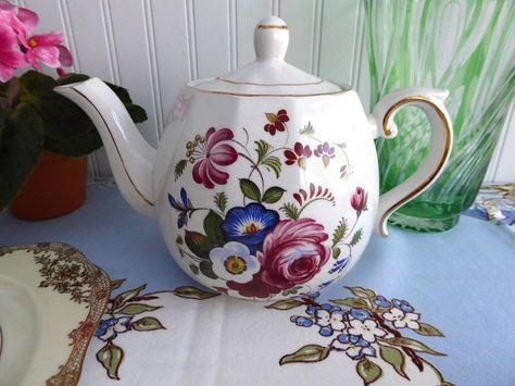 Vintage Ellgreave Floral English Tea Pot Teapot Ironstone 1950s Woods Afternoon…